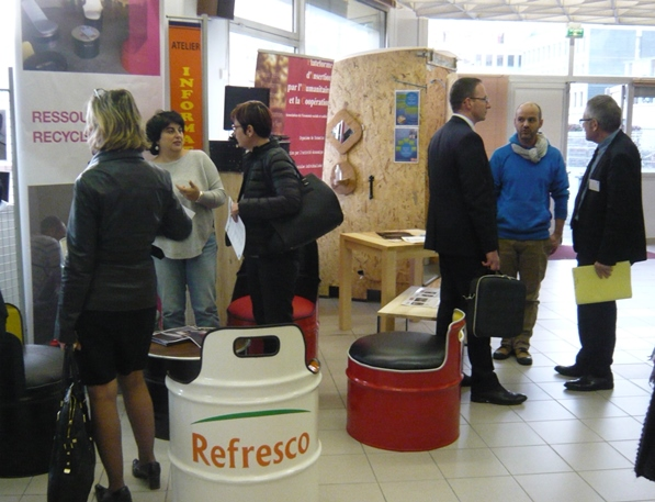 photos/forumiae2016-stand.jpg